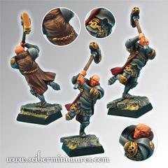 Fantasy Miniatures: Fighting Priest #2 Scibor Monstrous Miniatures