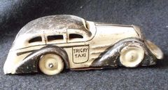 Tricky Taxi © 1947 Marx toys