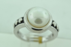 Sterling Silver White Button Pearl Ring with Silver Bead Sides