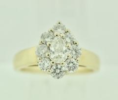 Pear-cut Diamond Ring in 14k Yellow Gold
