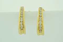 1/2ct tw Round Brilliant-cut Diamond J-Hoop Earrings