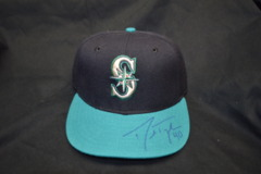Danny Farquhar Signed Autographed Mariners Baseball Hat