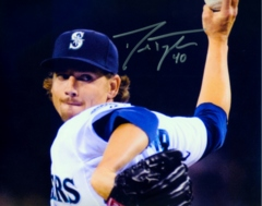 Danny Farquhar Mariners Signed 8x10 Photo G
