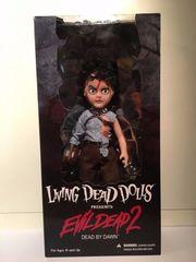 Ash - Evil Dead 2 - Living Dead Dolls
