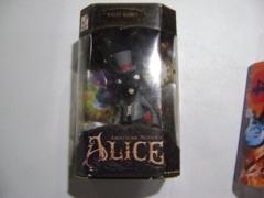 Whtie Rabbit(Black): American Mcgee's Alice